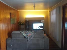 Dormitórios e Estética Klin, holiday home in Canela