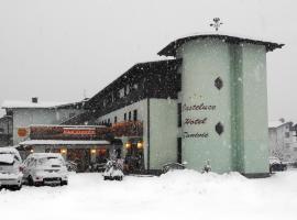 Casteluce Hotel Funivie, golf hotel in Pinzolo