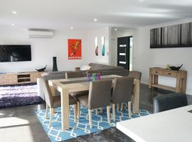 Ben's Place - modern & convenient, accommodation in Mansfield