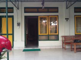 GAYENG Homestay Only for LOCAL Tourist NOT FOR FOREIGN Tourist, homestay di Yogyakarta