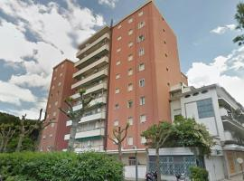 AB2 Luxury Sea Guesthouse, apartment in Riccione
