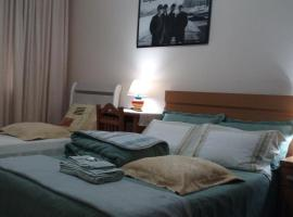 Apartamento Aconchegante, hotel near Beira Rio Stadium, Porto Alegre