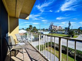 Villas of Clearwater Beach 8B, apartment in Clearwater Beach