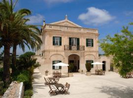 Alcaufar Vell Hotel Rural & Restaurant, boutique hotel in Sant Lluis