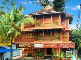Kumarakom Wood Castle Serviced Appartments, hotel in Kumarakom