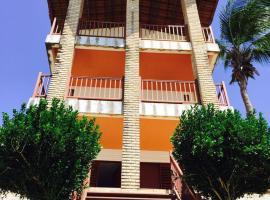 Casa triplex Lagoinha, room in Lagoinha