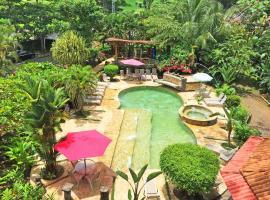 Pacifico Loft Hotel, hotel in Jacó