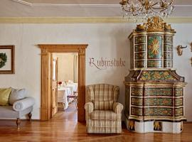 Romantic Hotel Excelsior, hotell i Cavalese