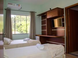 Pousada Monte Oliveira, hotel perto de Santuário Nacional de Nossa Senhora Aparecida, Aparecida