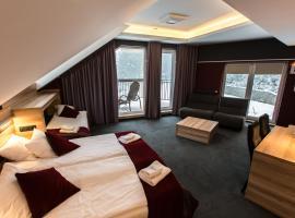 Villa Winterpol – hotel w pobliżu miejsca Wyciąg narciarski Biały Jar w mieście Karpacz