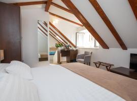 Villa Four Winds, hotel near Peskarija Gate, Dubrovnik