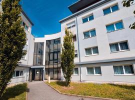 Zenitude Hôtel-Résidences Les Hauts d'Annecy, apartment in Annecy