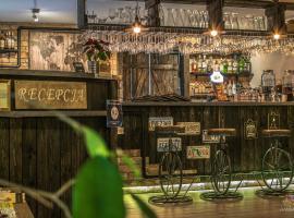 Old Tree Villa & Restaurant – kwatera prywatna