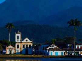 Casa para temporada, family hotel in Paraty