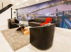 Luxury Duplex Apartment, luxury hotel in Brooklyn