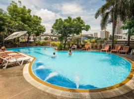 New Siam Riverside Near Siriraj Hospital, hotel a Bangkok