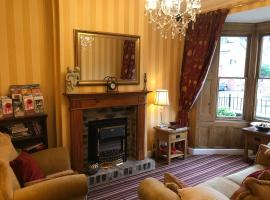 Clayhanger Guest House, hotel near Royal Stoke University Hospital, Newcastle under Lyme