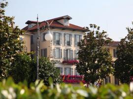 Intra Hotel, hotell i Verbania