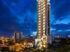 Grand Jeep Hotel Managed by VN Services, hotel in Danang