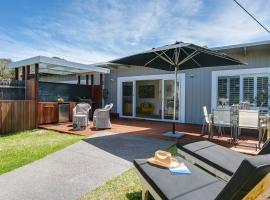 Capella Villa No. 2 - luxury with outdoor kitchen, hotel in Blairgowrie