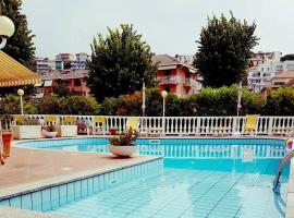 Hotel Arcobaleno, hotell i Celle Ligure