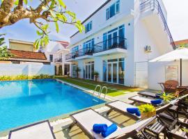 Hoi An Sunny Pool Villa, hotel near Assembly Hall of Fujian Chinese, Hoi An