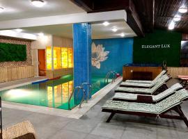 Elegant Lux Hotel, hotel in Bansko