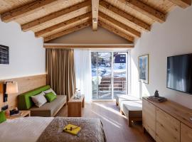 EVA Serviced Apartments, Ferienwohnung in Zermatt