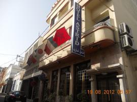 Hôtel Astrid, hotell i Casablanca