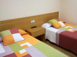 Hotel Restaurante Cazador, hotel en Pereiro