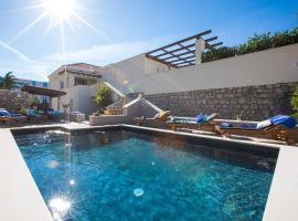 Villa Blue Diamond, villa in Mlini