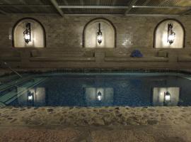 Tuscan Springs Hotel & Spa, hotel v destinaci Desert Hot Springs
