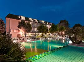 Hotel Paris Resort, отель в Беллария-Иджеа-Марина