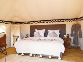 Nubia Luxury Camp Erg Chegaga, luxury tent in El Gouera