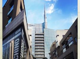 108 eclettico loft zona corso Como milano, hotel near Bosco Verticale, Milan