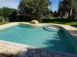 Borgo degli Ulivi Depandance, villa in Capoterra