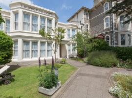 Lauriston Hotel, hotel in Weston-super-Mare