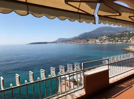 Una terrazza sul mare - Balzi Rossi, hotel in Ventimiglia