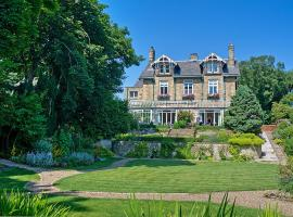 Fairfield House, hotel near Alnmouth Golf Club, Warkworth