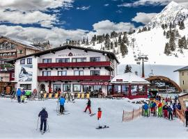 Austria Alpinhotel, hotel in Obertauern