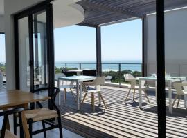 Ocean Vista Boutique Guest House, hotel near La Lucia Mall, Durban