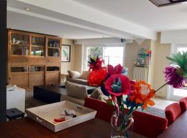 Grand appartement avec terrasse, apartment in Knokke-Heist