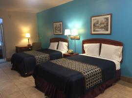 Texas Inn and Suites City Center at University Dr., hotel in Edinburg
