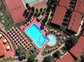 Villaggio Mare Si, resort village in Follonica