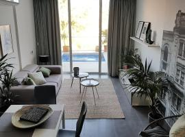 Duplex Maisonette with Heated P-Pool and Jacuzzi, villa in St. Julian's