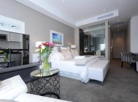 615 Sandton Skye, apartment in Johannesburg
