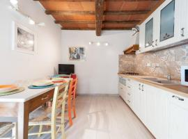 casa tradizionale toscana, holiday home in Florence