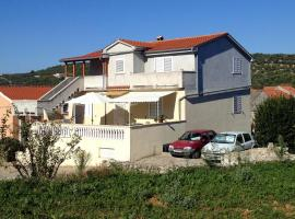 Apartments with a parking space Sali, Dugi otok - 8185, budget hotel in Sali