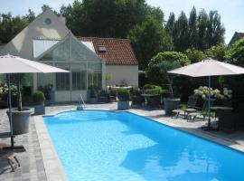 Charmehotel Het Bloemenhof, hotel near Zeebrugge Strand, Dudzele