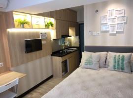 Javan Stay Jarrdin Cihampelas, hotel in Bandung